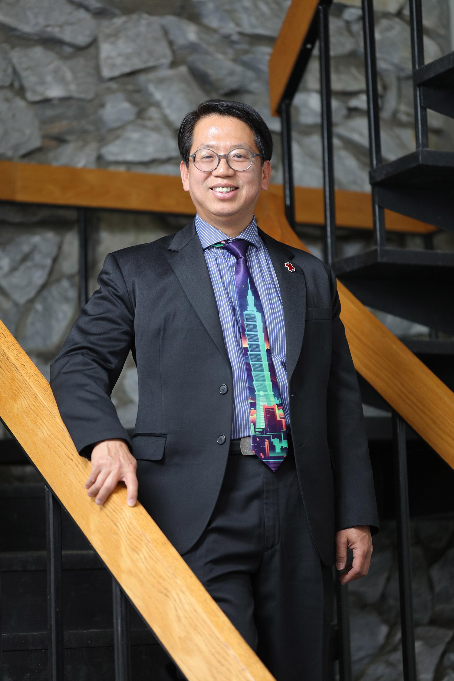 CEO of CasualHome.com